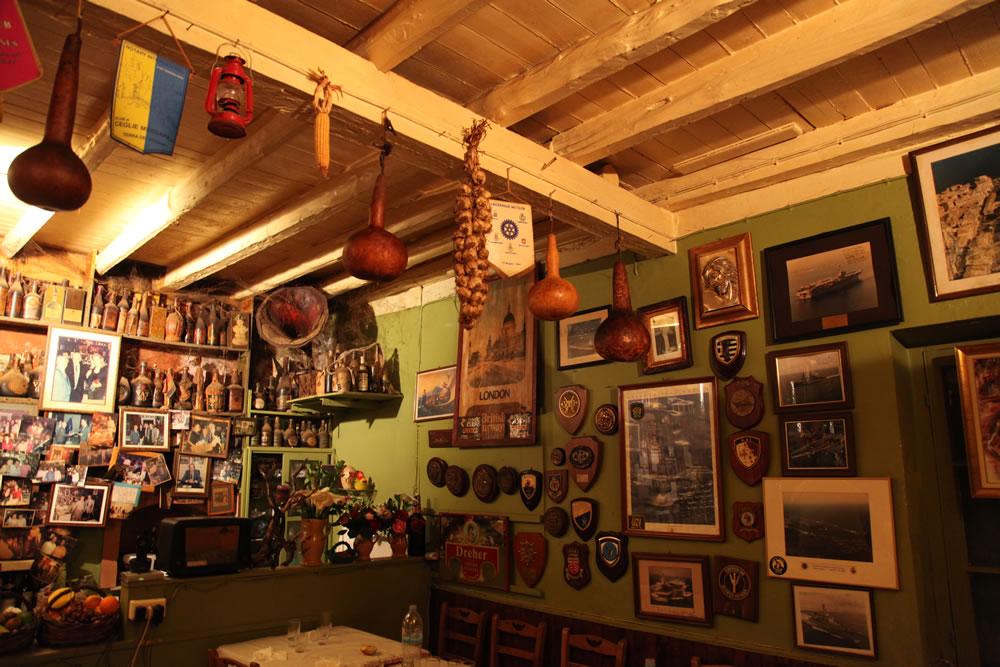Tripas Tavern, Kinopiastes